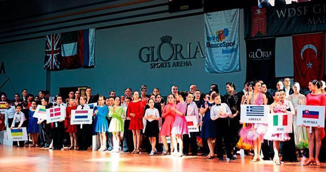 Dansın yıldızları Antalya'da buluştu