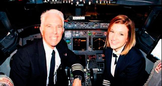 Baba kız, uçağı birlikte uçurdu