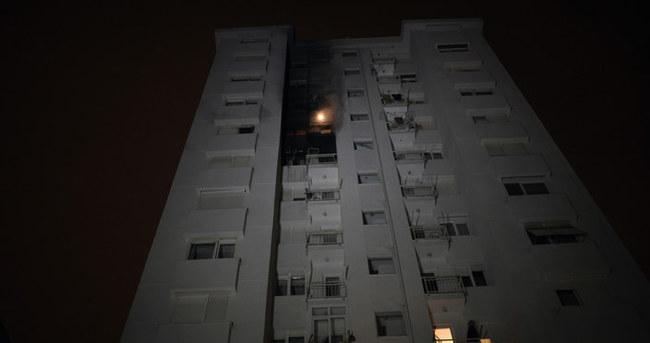 Kadıköy'de 12 katlı binada yangın