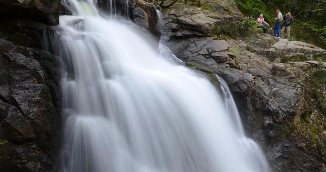 Amanoslar'daki Kovuk Çınar Şelalesi'ne ilk turistik gezi