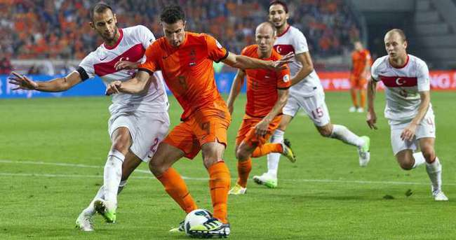 Robben'in yerine Quincy Promes