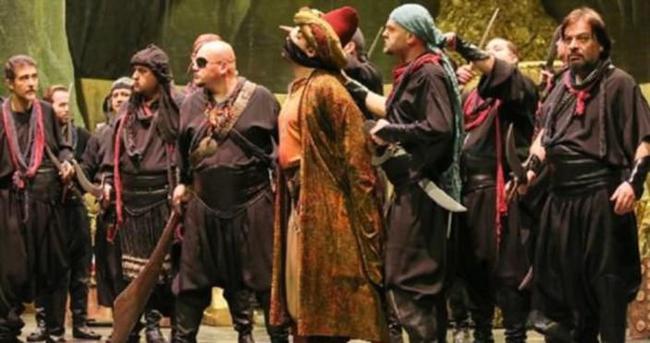 """""""Ali Baba 40"""" Operası sahnelendi"""