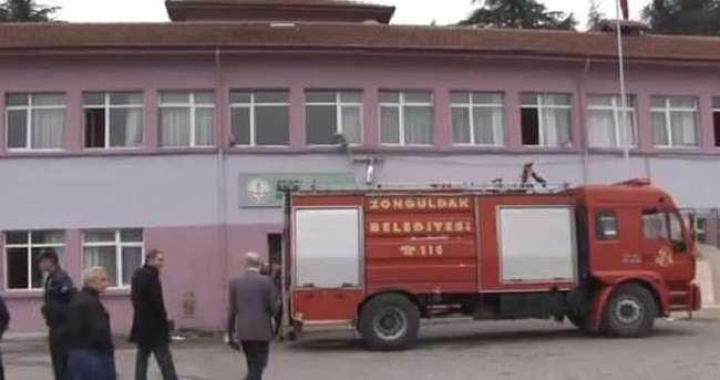 Okulda yangın paniği