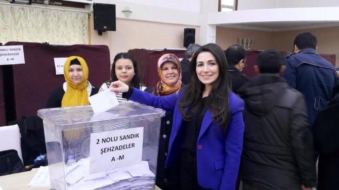 Başkan Kumbaracı: 'AK Parti, Demokrasinin Teminatıdır'