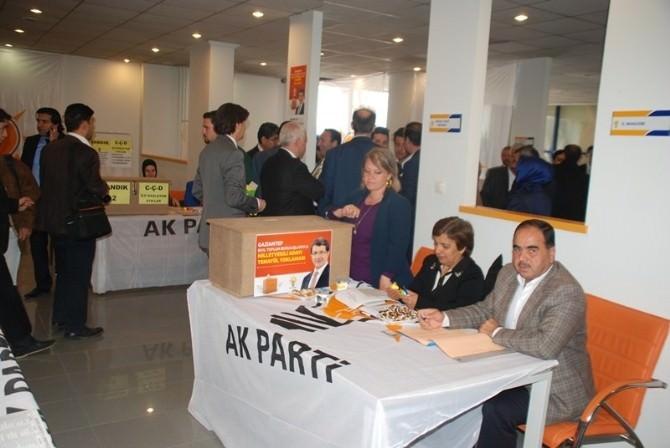 AK Parti'den Demokrasi Örneği