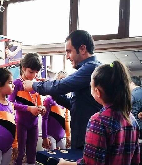 Kurtuluş Gününe Özel Jimnastik Yarışmaları
