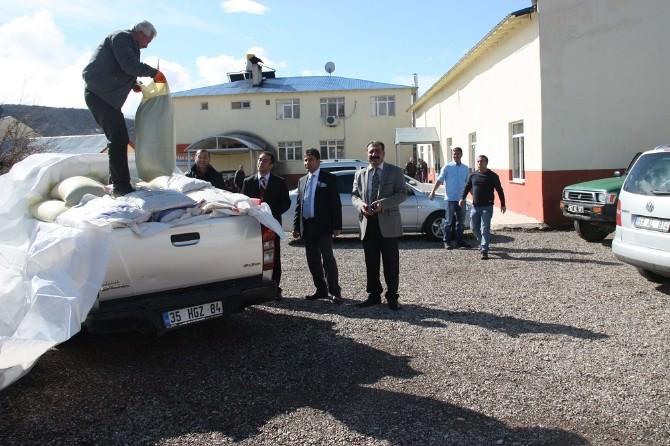 Tunceli'de Çiftçilere Sertifikalı Yem Bitkisi Tohumu Dağıtıldı