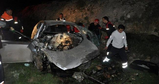 Adana'da köpek kazası: 2 ölü