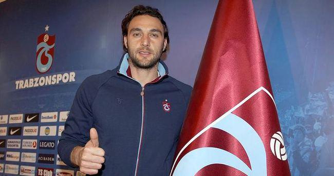 Hakan Arıkan, Trabzonspor'da kalmak istiyor