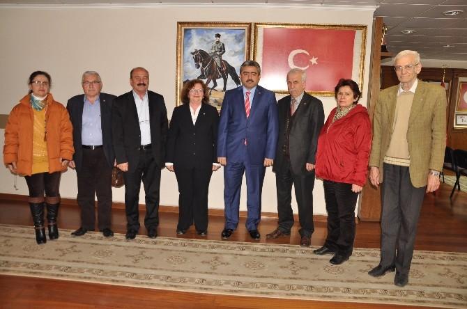 Emekli Ve Yaşlı Sorunları Meclisi Başkan Alıcık'ı Ziyaret Etti
