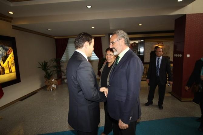 Belediye Başkanı Sakık'tan Vali Işın'a Ziyaret