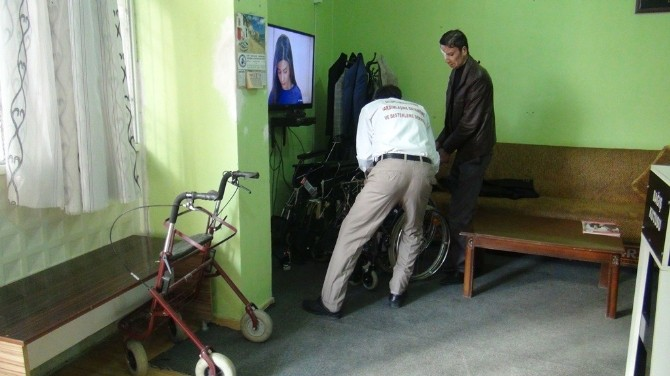 Erzincanlı Gurbetçiden Silopi'ye Tekerlekli Sandalye Yardımı