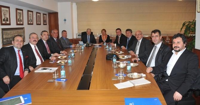 Ticaret Ve Sanayi Şurası'nda İzmir Sözcüsü Adnan Saka Olacak
