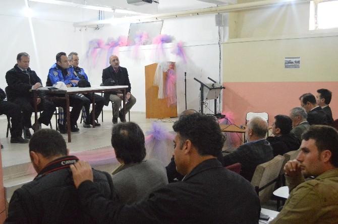 Erzincan Emniyeti Gülabibey Mahallesi Sakinleriyle Saht Toplantısında