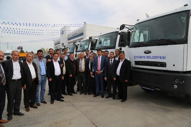 Eyyübiye Belediyesi Araç Filosunu Güçlendiriyor