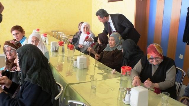 MHP'li Kalkan, Yaşlıları Unutmadı
