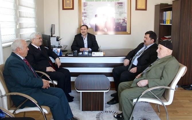 Mithat Ekici, Bölge Yatılı Kur'an Kursu'nu Ziyaret Etti