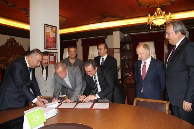 Nevşehir'in En Büyük Camisinin Yapımı İçin Protokol İmzalandı