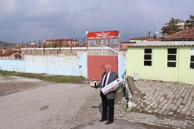 Sungurlu Belediyesinden Mahkumlara Malzeme Yardımı