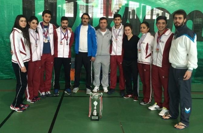 Fırat Üniversitesi Badminton'da Süper Lige Çıktı