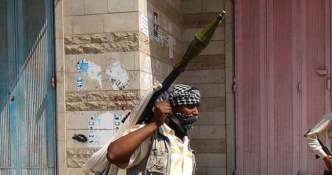 Aden Havalimanı'nda kontrol Husi yanlılarında