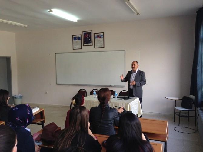 Elmalı MYO'da Öğrencilere Girişimcilik Semineri