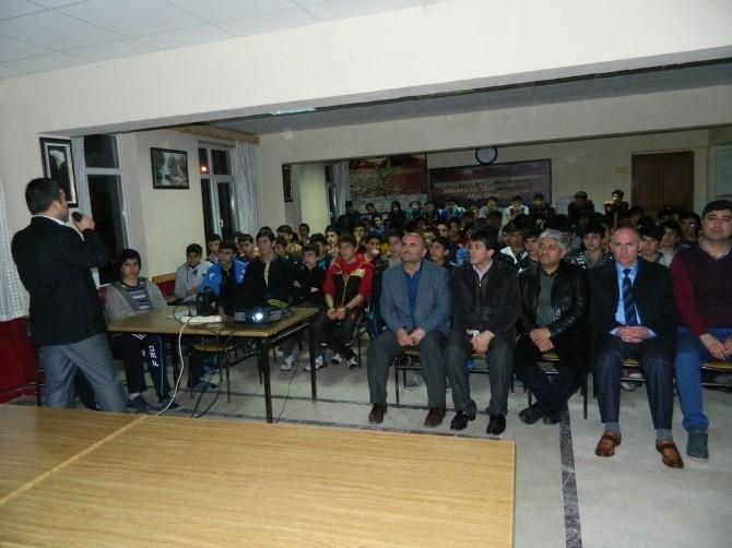 Doğanşehir'de 'Madde Bağımlıları Ve Korunma Yolları' Konulu Konferans
