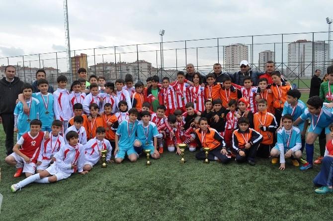 Kayseri Okullu Küçükler Futbol Şampiyonası Tamamalandı