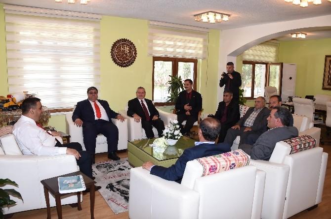 Muhtarlar Derneği'nden Başkan Can'a Ziyaret