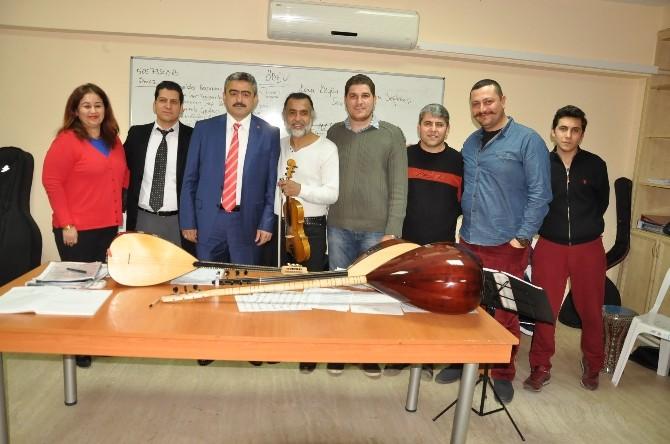Belediye Başkanı Haluk Alıcık THM Korosunun Konser Hazırlıklarını İzledi