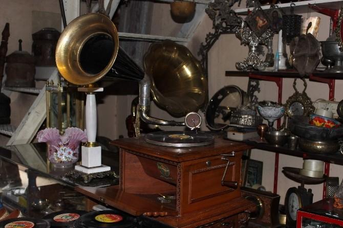 (Özel Haber) Tarihi Gramofonlar Meraklılarını Bekliyor