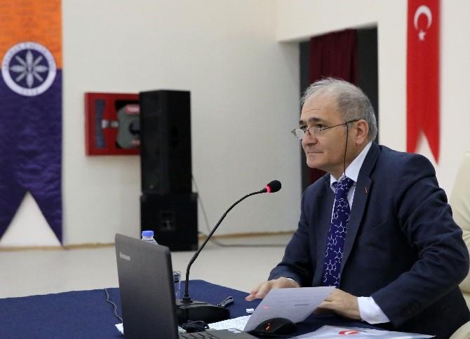 Türk Sanatında Kristalografik Motifler Konferansı Yapıldı