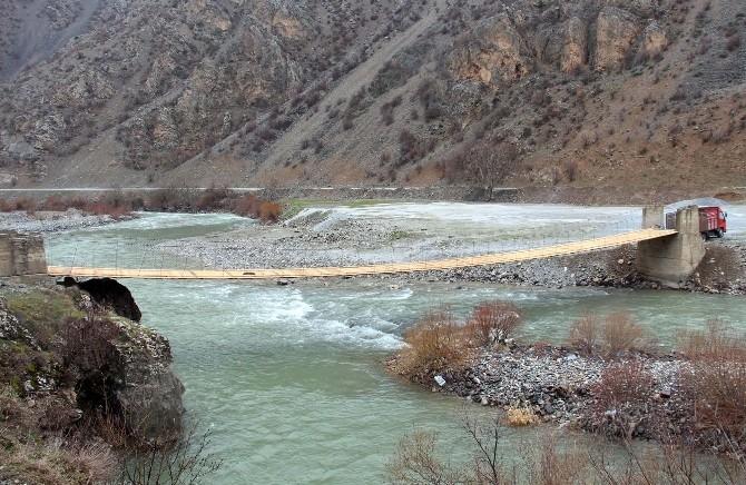 Asma Köprü Yeniden Yapıldı