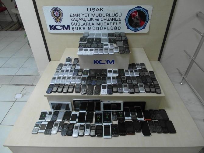 Uşak'ta Kaçak Cep Telefonu Operasyonu