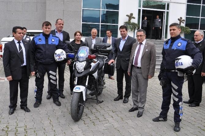 Edremit Belediyesi Motosikletli Zabıtalarla Daha Hızlı