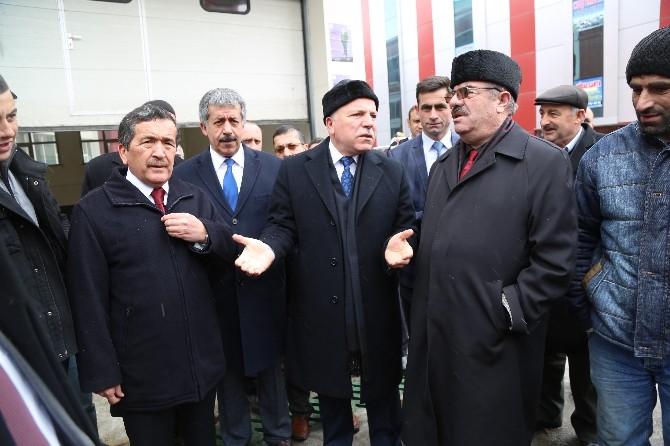 Erzurum Büyükşehir'den Suriyeli Misafirlere Yardım Tırı