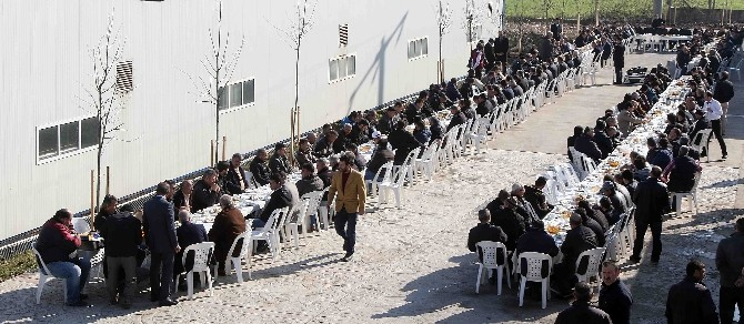 Başkan Karaosmanoğlu, Karla Mücadele Eden Personeli Tebrik Etti