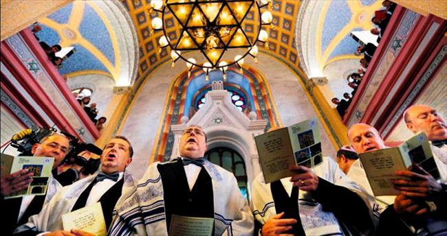 Büyük Sinagog'da 46 yıl sonra ilk dua