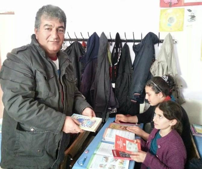 Bursa Anadolu Medya Grubu'ndan Ağrılı Öğrencilere Kitap Desteği
