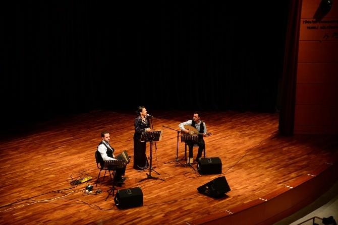 """""""Gönül Telimizi Titreten Nağmeler İsimli Türk Sanat Müziği Konseri Gerçekleşti"""