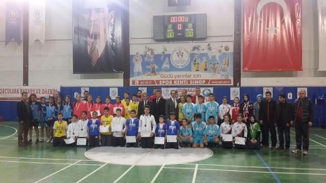 Badminton Müsabakaları Sona Erdi