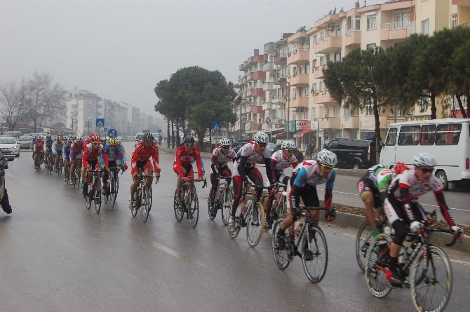 Bisiklet Federasyonu Başkanı Müftüoğlu Lapseki'de