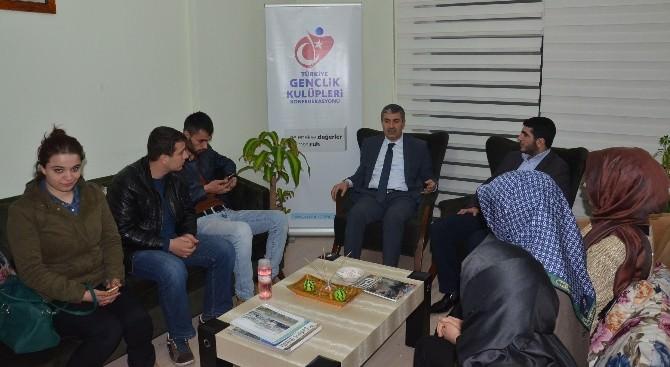 Bitlis'te Şehir Ve İnsan Konulu Söyleşi
