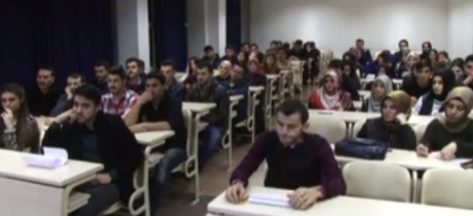 Üniversite Öğrencileri Derste İdam Cezasını Tartıştı