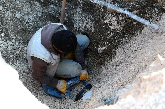 Kömürcüler Sitesine 20 Yıl Sonra Kanalizasyon Geldi