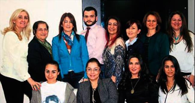 Kadın avukatlar kadınlar için güç birliği yaptı