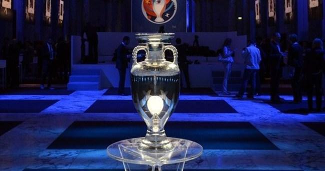 EURO 2016'da 3 grupta 9 maç