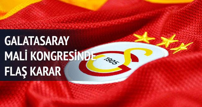 Galatasaray'da Ünal Aysal yönetimi ibra edildi