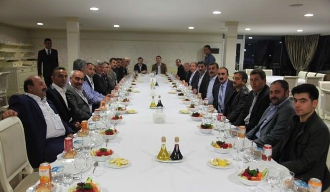 Ahlatlı Muhtar Ve Meclis Üyeleri İstanbul'da