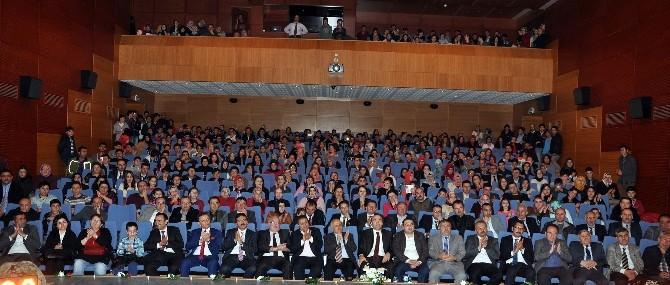 Gümüşhane'de Kahramanlık Konulu Şiir Ve Türkü Dinletisi Düzenlendi